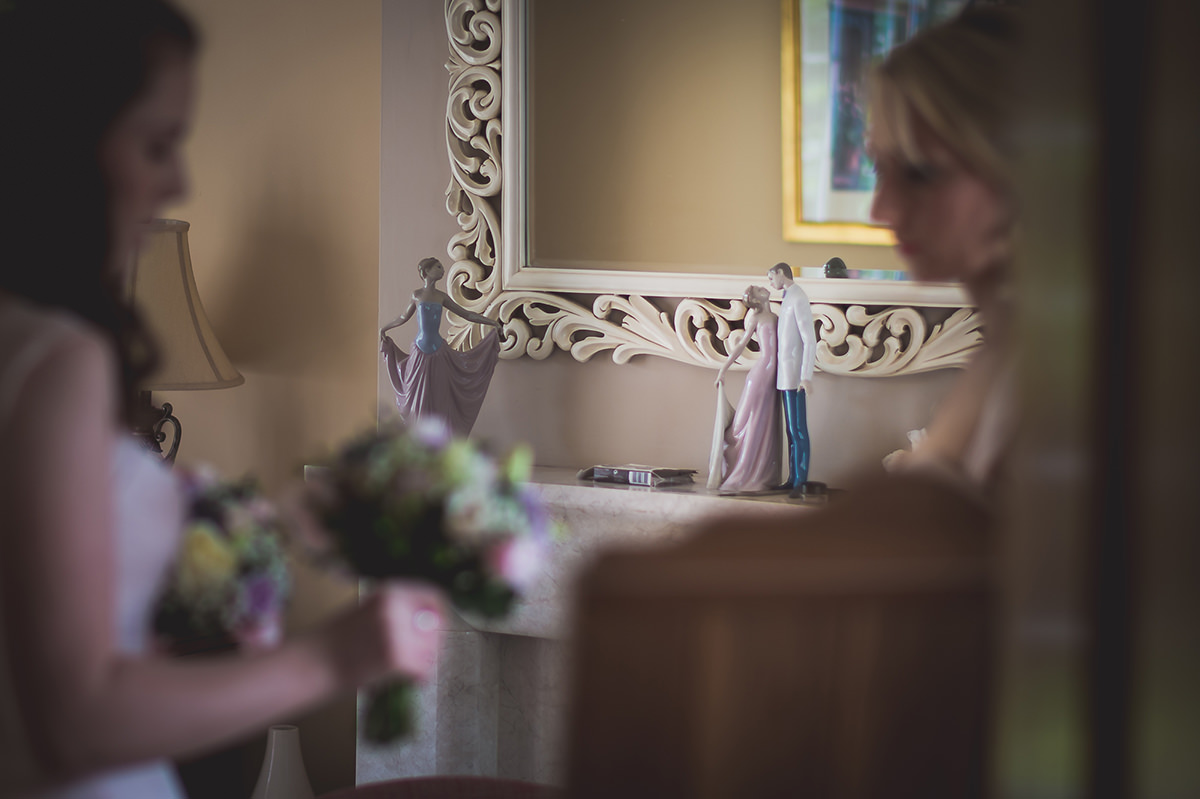 Farnham Castle Wedding Photography | Amelia & Ollie 09 Mother of the bride make up 1
