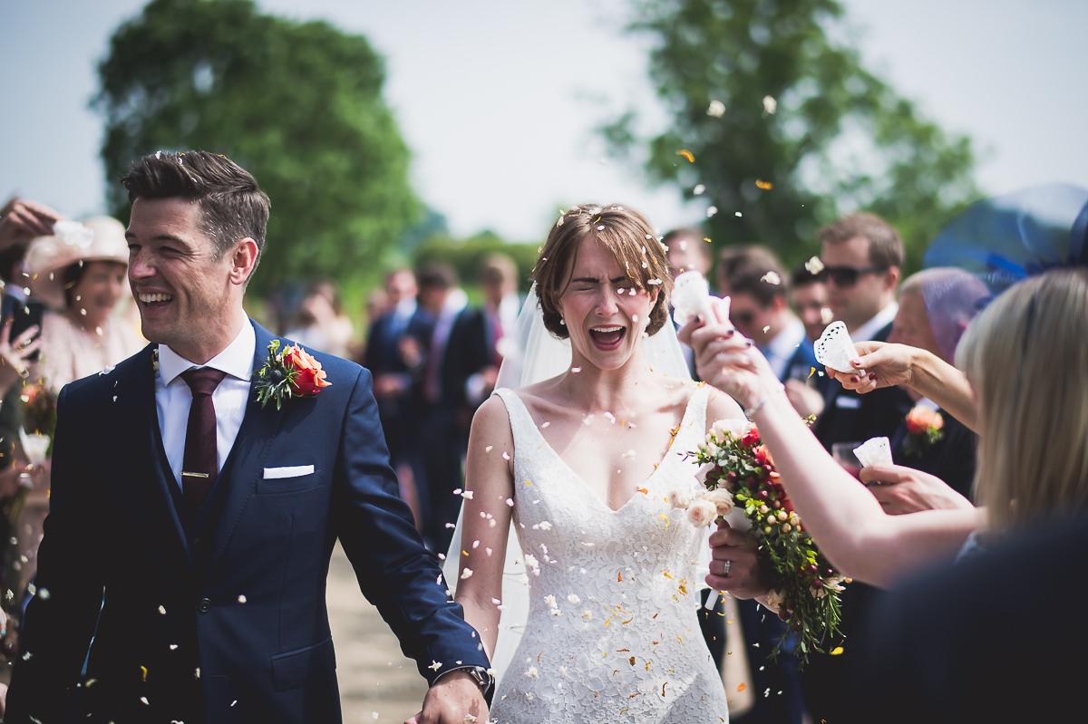 Grittenham Barn Wedding Photography | Hannah & Chris 14 Bridal hair piece 1