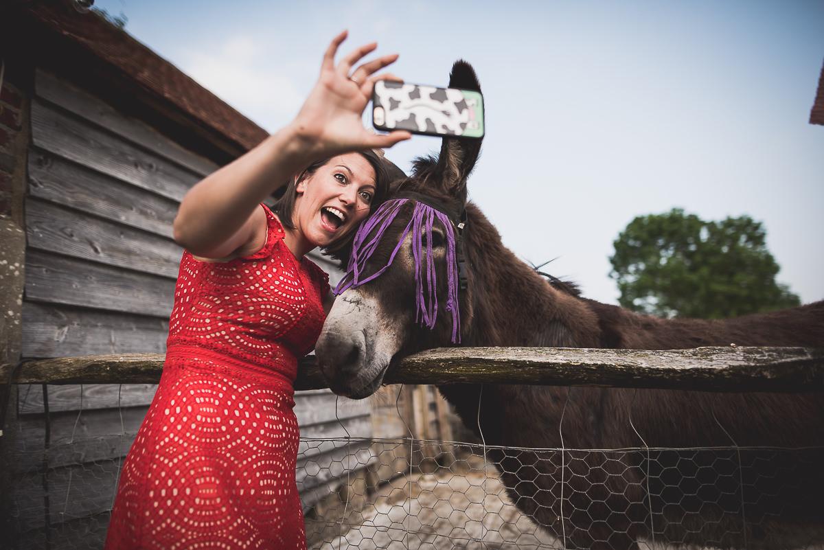 Grittenham Barn Wedding Photography | Hannah & Chris 48 flowers and bokeh 1