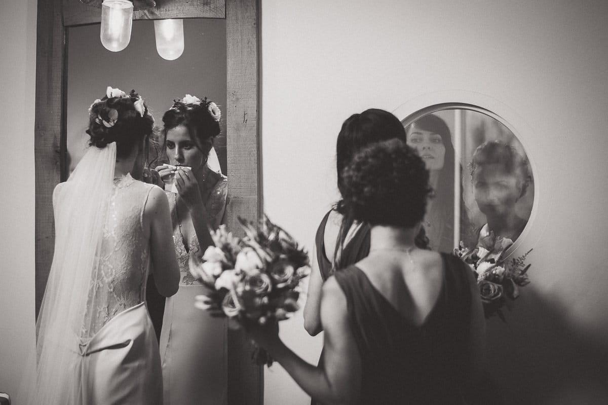 Millbridge Court Wedding Photography | Barbora & Matt 11 Wedding Day