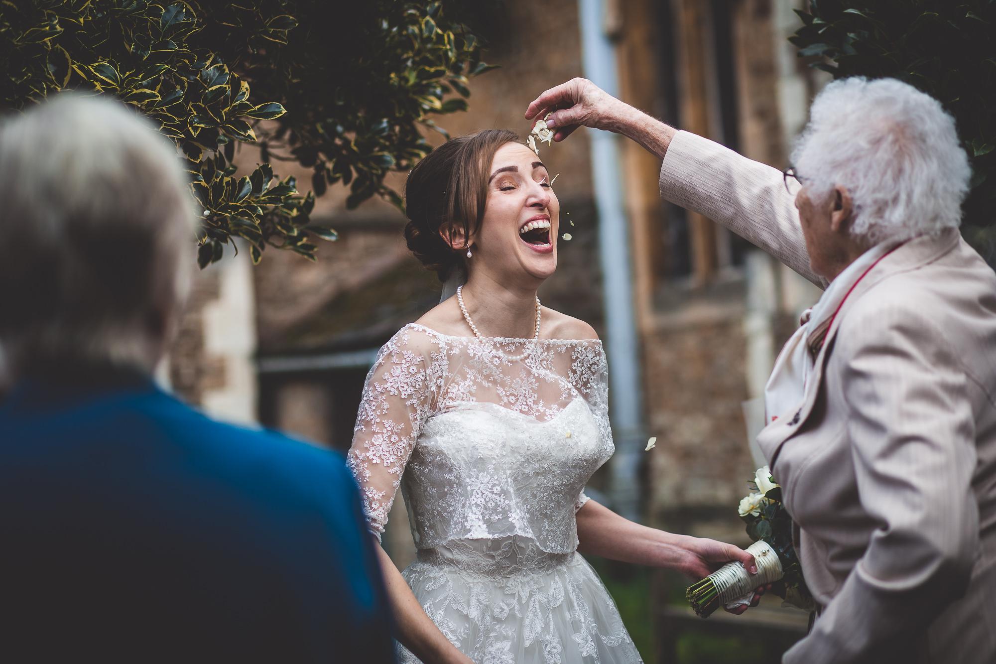 Hampton Court House Wedding Photography | Hannah & Ed HE129