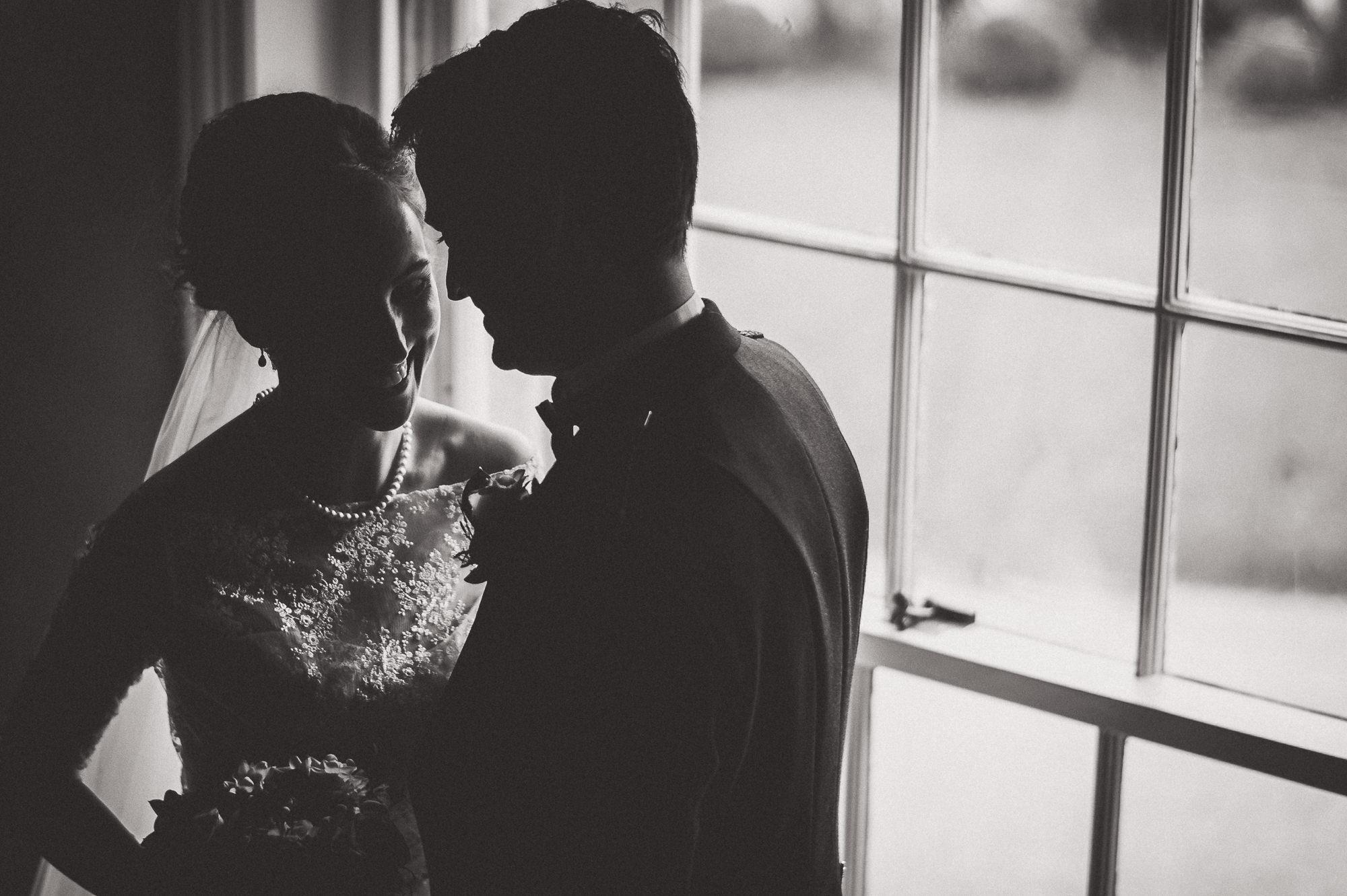 Hampton Court House Wedding Photography | Hannah & Ed HE194