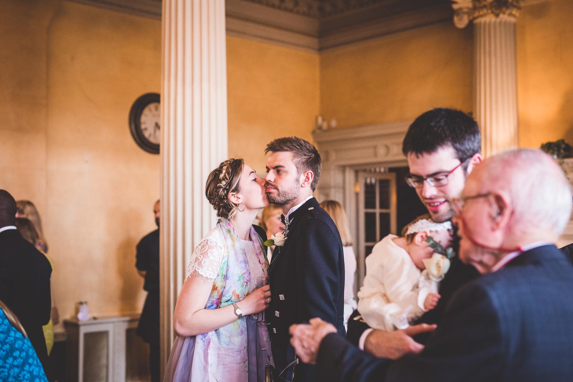 Hampton Court House Wedding Photography | Hannah & Ed HE212