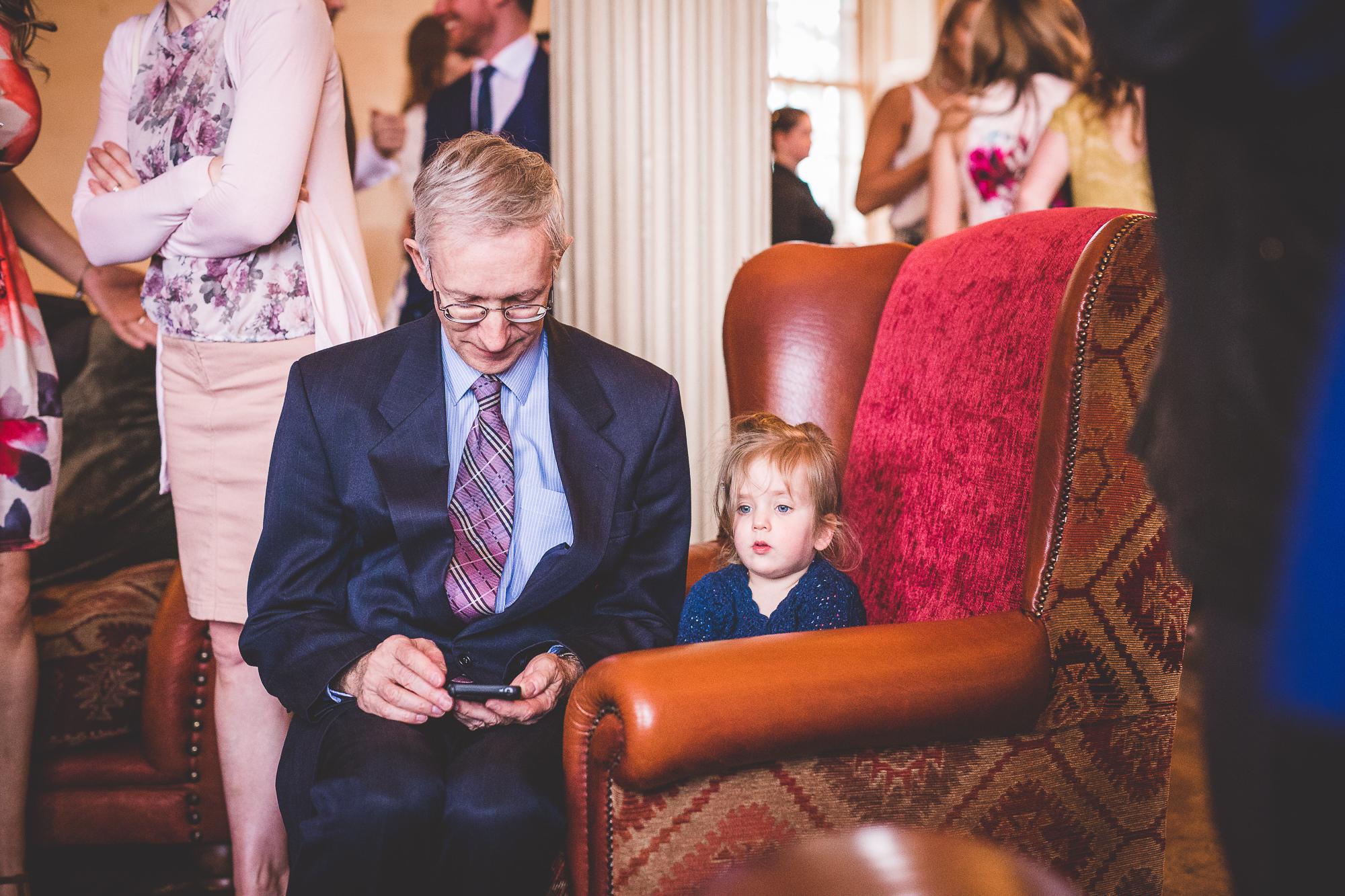 Hampton Court House Wedding Photography | Hannah & Ed HE213