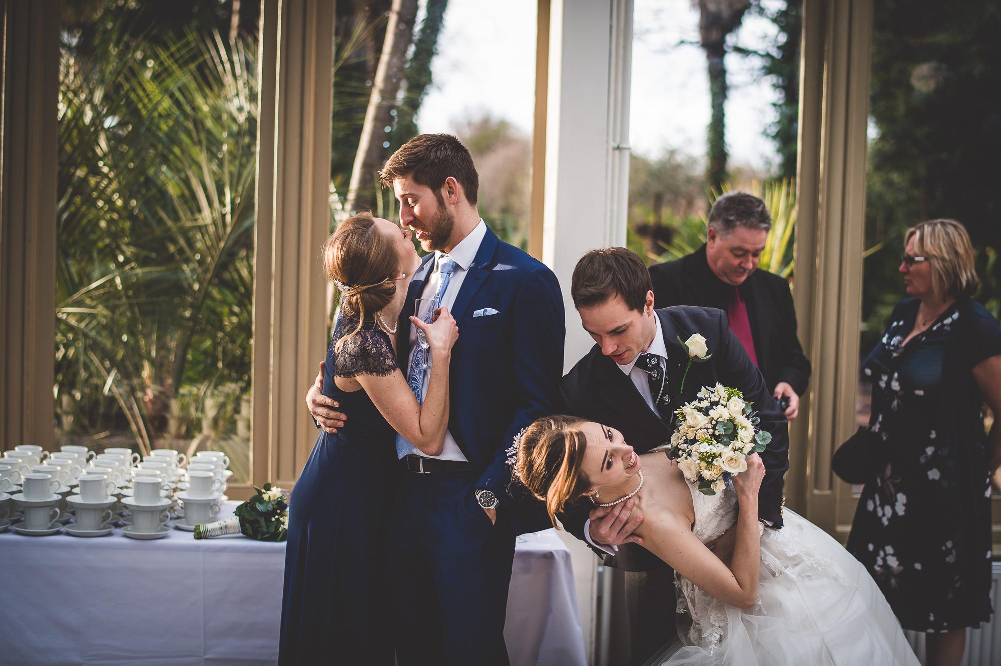 Hampton Court House Wedding Photography | Hannah & Ed HE218