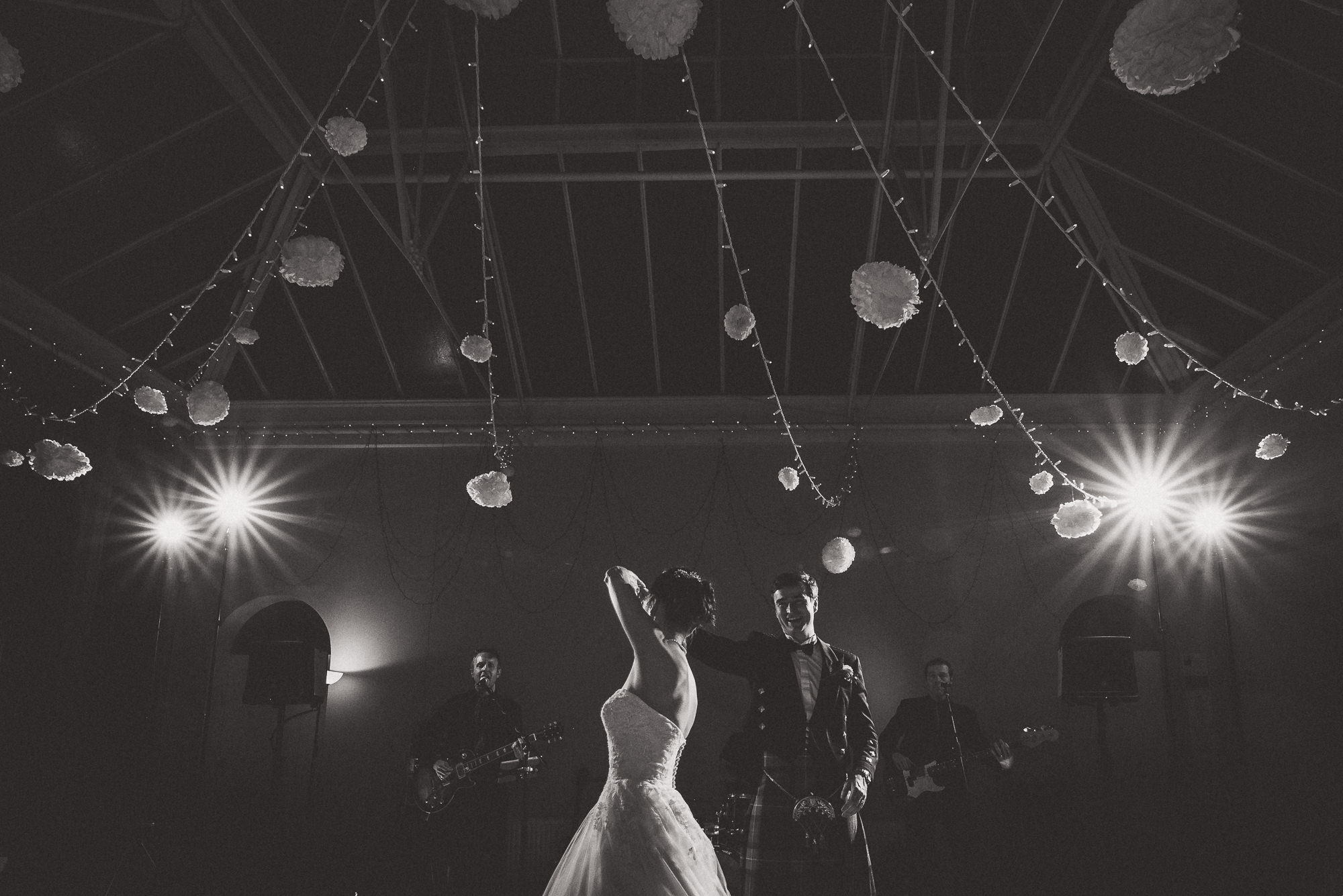 Hampton Court House Wedding Photography | Hannah & Ed HE279