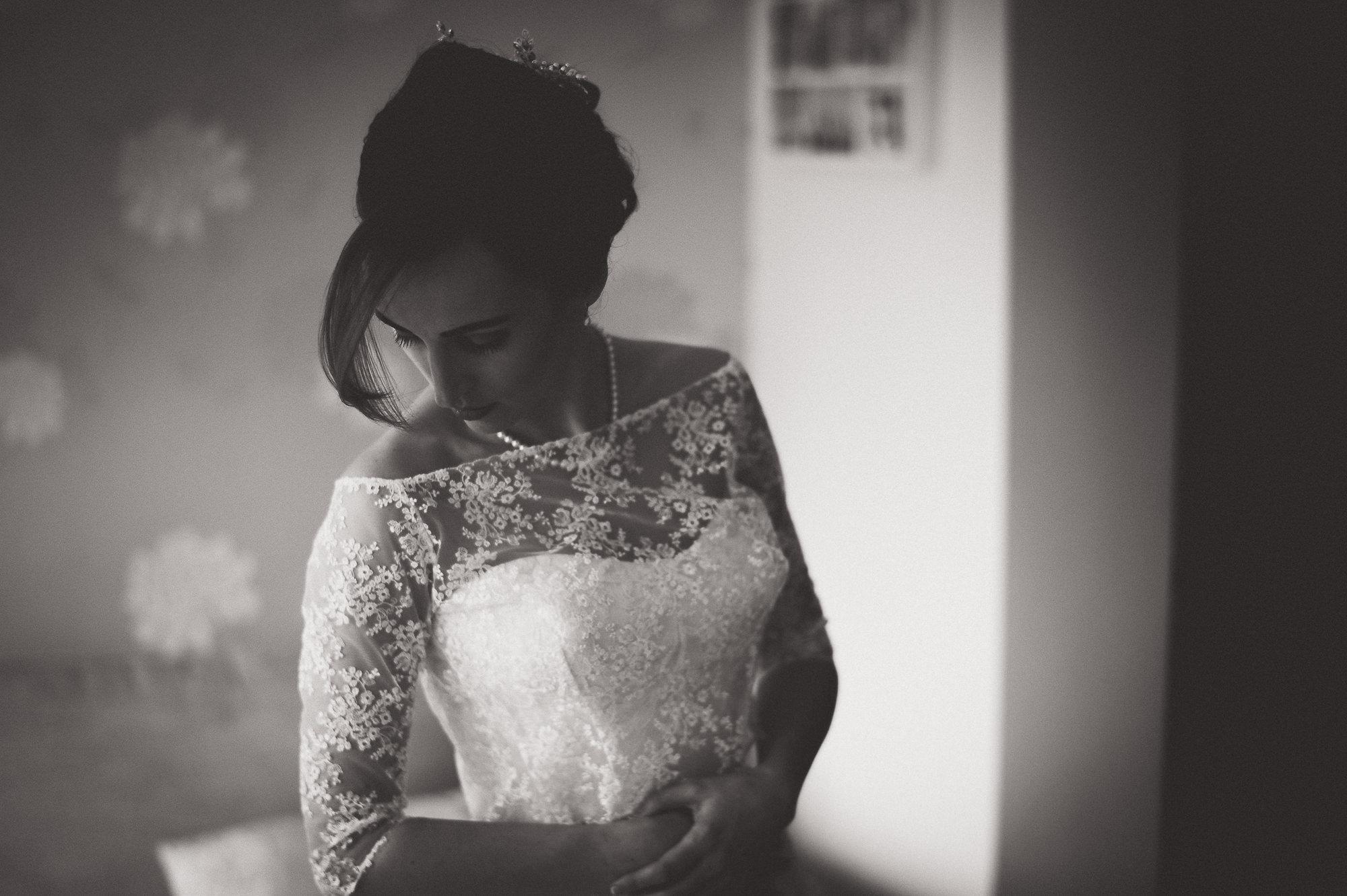 Hampton Court House Wedding Photography | Hannah & Ed HE41