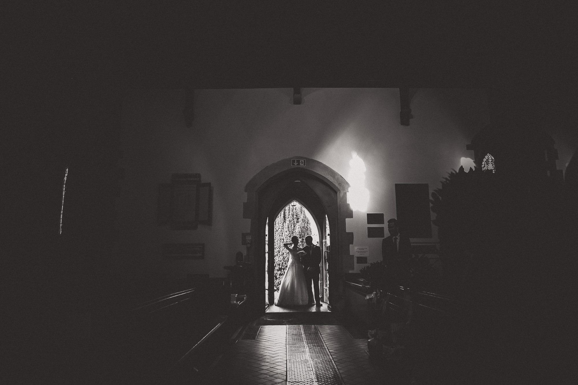 Hampton Court House Wedding Photography | Hannah & Ed HE73