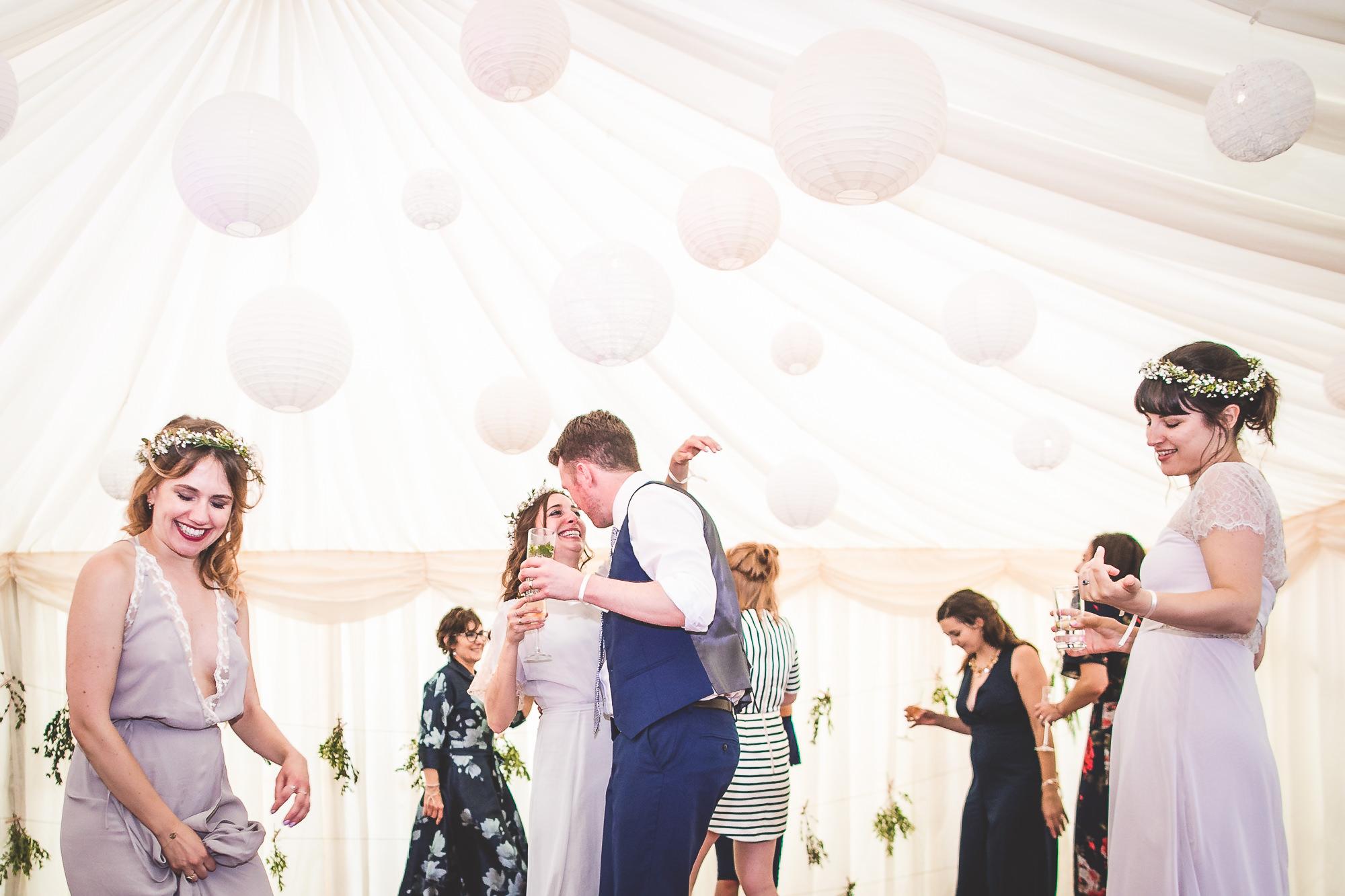 Veils & Bales Wedding Photography | Charlie & Steve SCSS 315