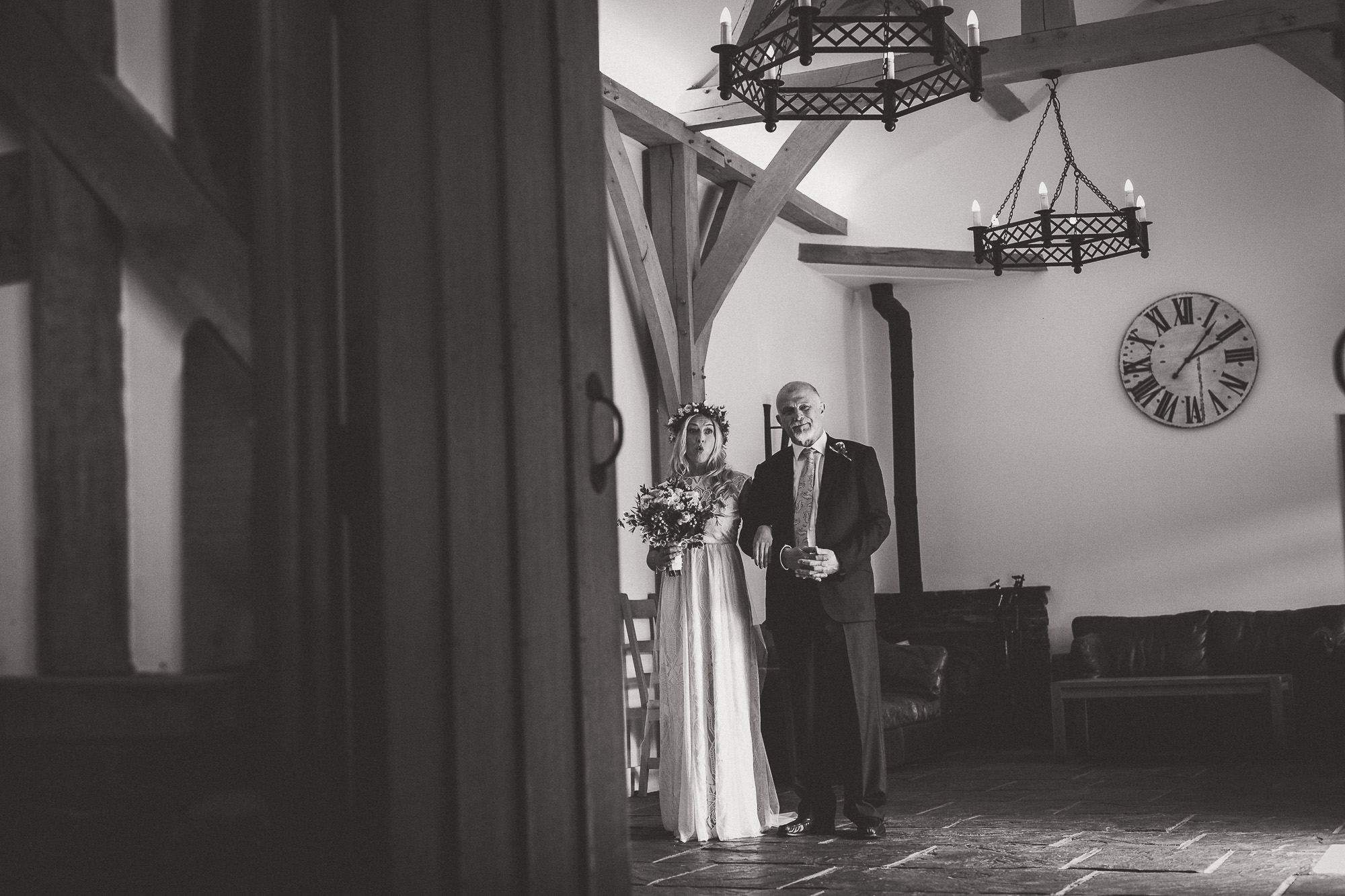 Gate Street Barn Wedding Photography | Nikki & Rich Gate Street Barn Wedding Photyography 009